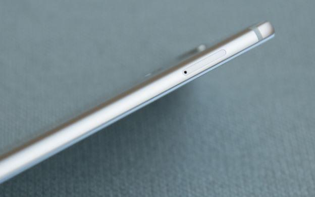 Xiaomi Mi A1 sim card tray