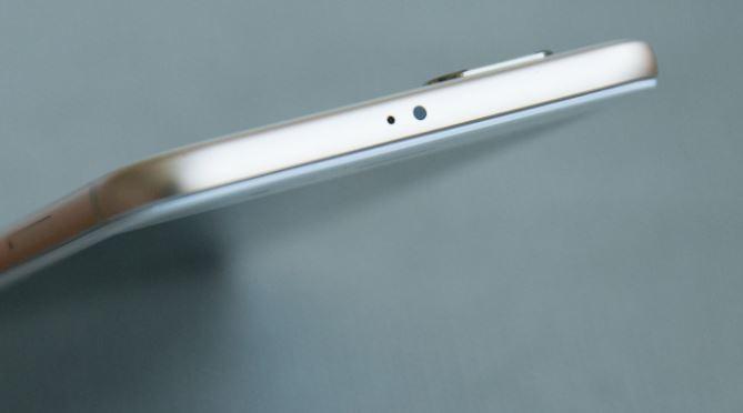Xiaomi Mi A1 top